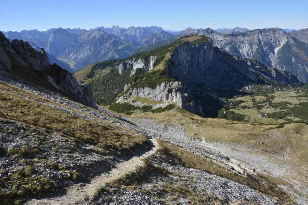 Rofan wandern: Der Aufstieg von der Dalfazalm auf den Hochiss im Rofangebirge