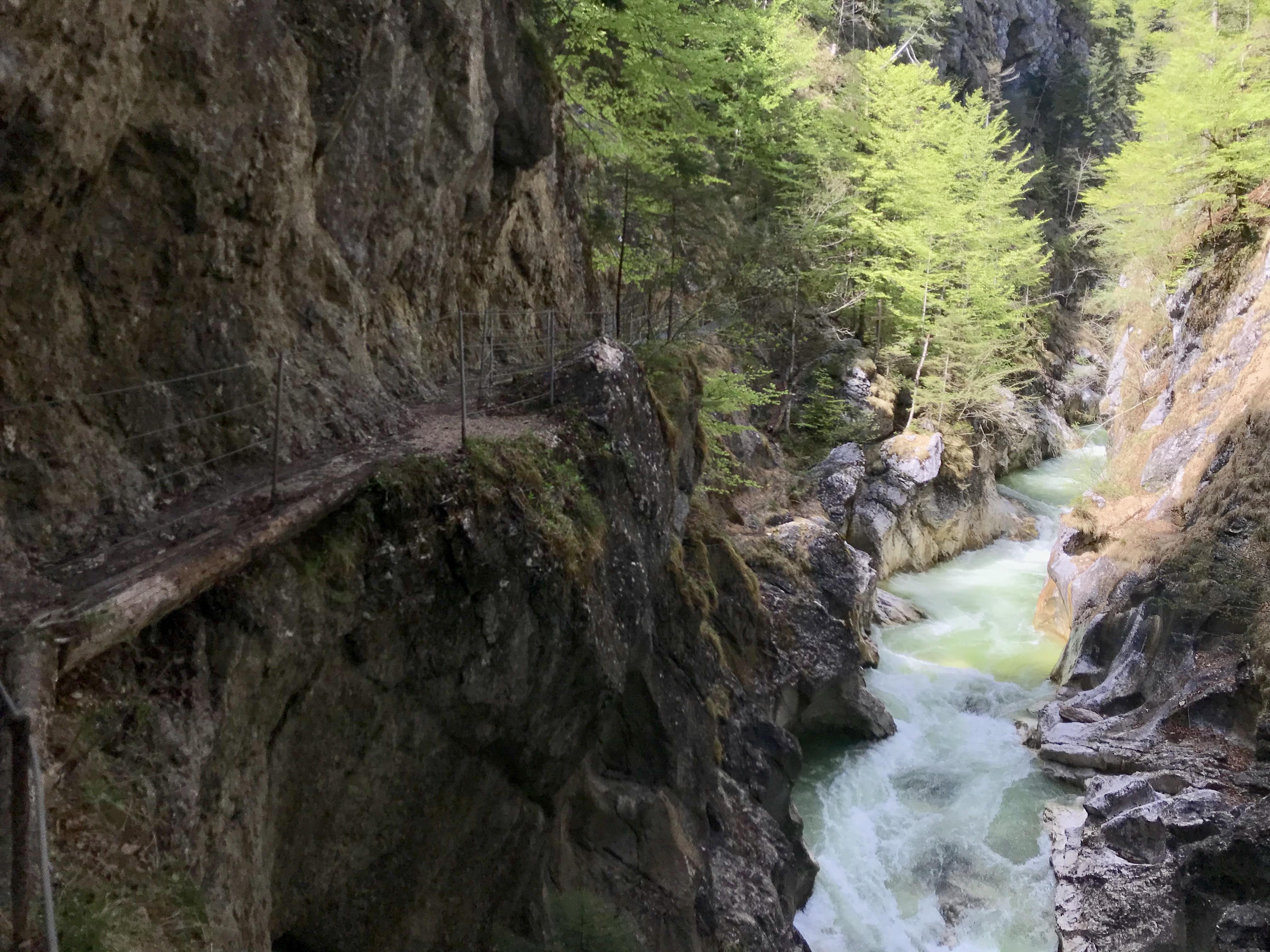 Klammwandern Tirol - Hier siehst du den Steig durch die Kaiserklamm