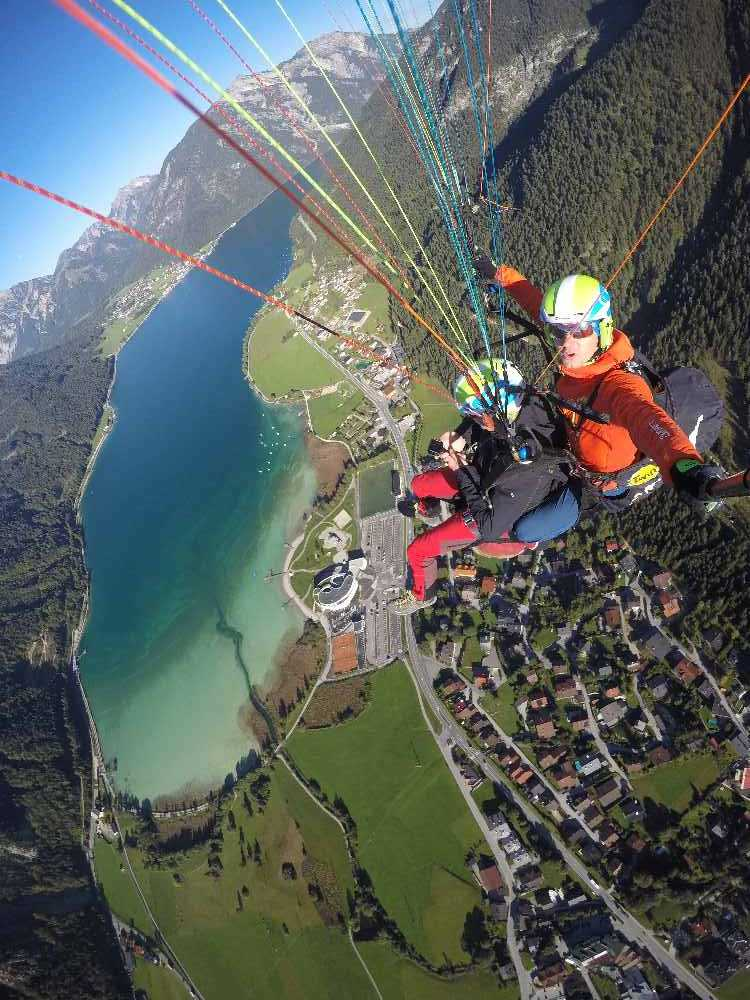 Tandem Gleitschirmfliegen Achensee - Start im Rofan