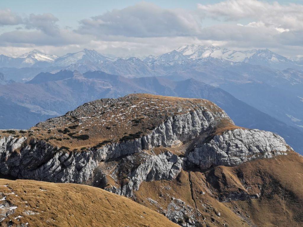 Das Rofan mit seinen Felsen und den weiten Almwiesen