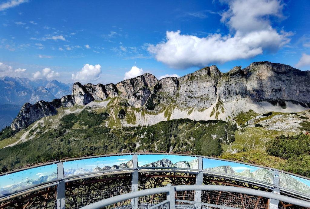 Das Gschöllkopf Panorama bekommst du Gipfel für Gipfel auf der Aussichtsplattform erklärt